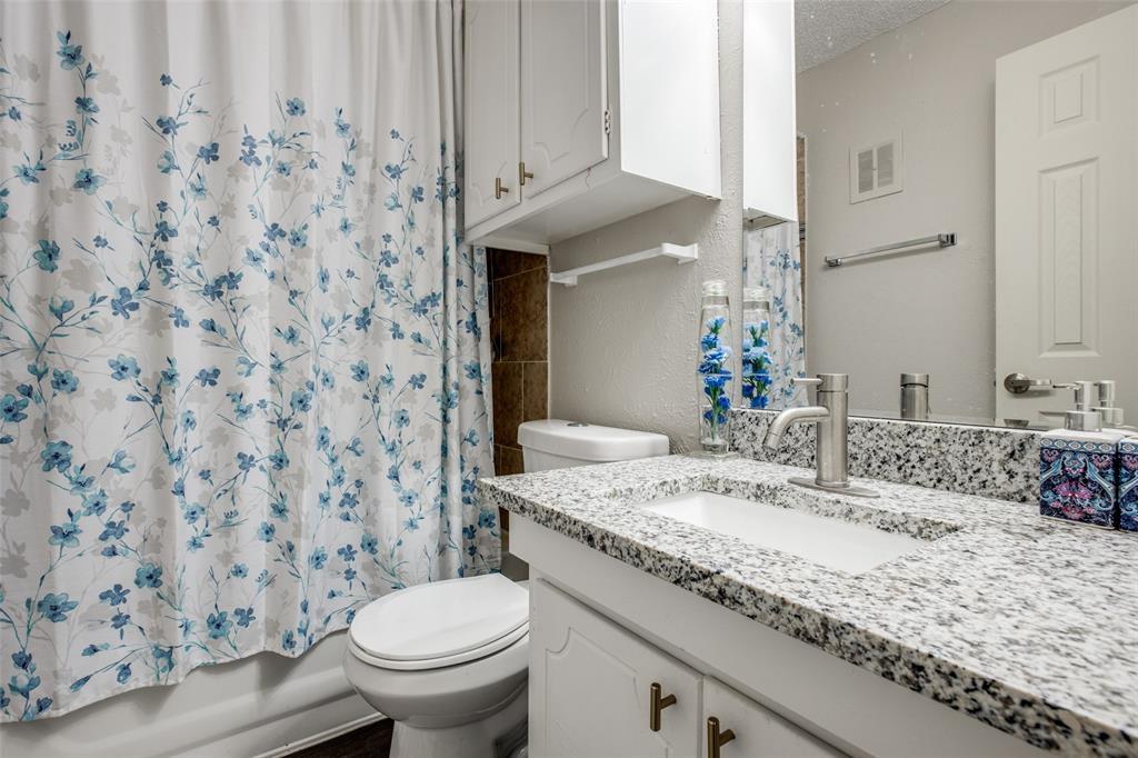 5606 Boca Raton  Boulevard, Fort Worth, Texas 76112 - acquisto real estate best new home sales realtor linda miller executor real estate