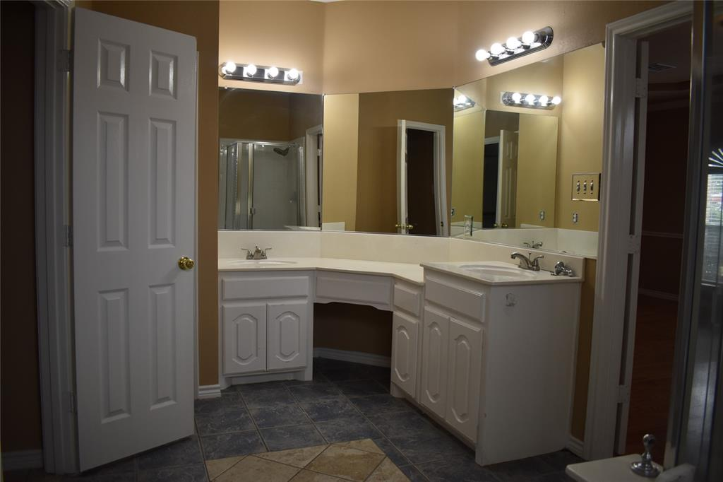 1701 Wylie Creek Drive, DeSoto, Texas 75115 - acquisto real estate best luxury buyers agent in texas shana acquisto inheritance realtor