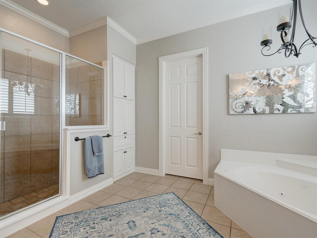 8309 Valley Oaks  Drive, North Richland Hills, Texas 76182 - acquisto real estate best realtor dfw jody daley liberty high school realtor