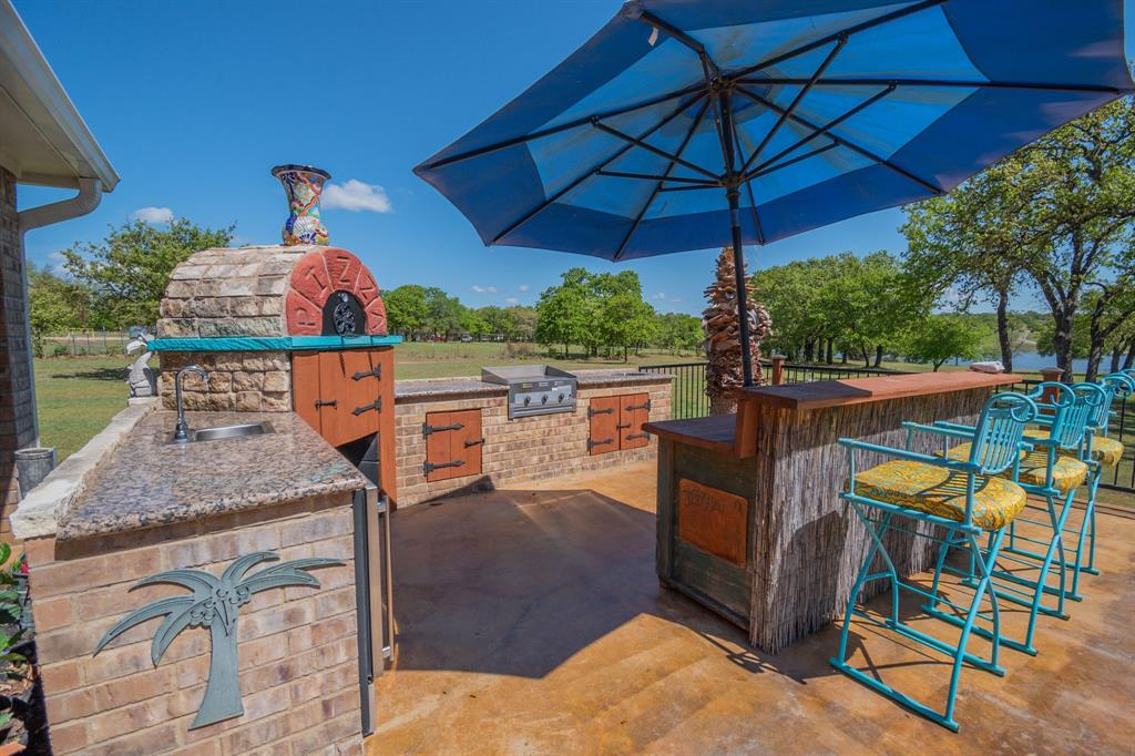 108 Shoreline  Circle, Weatherford, Texas 76088 - acquisto real estate best the colony realtor linda miller the bridges real estate