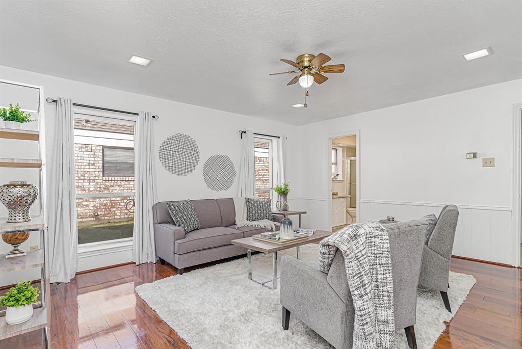 1300 Chesterton  Drive, Richardson, Texas 75080 - acquisto real estate best designer and realtor hannah ewing kind realtor