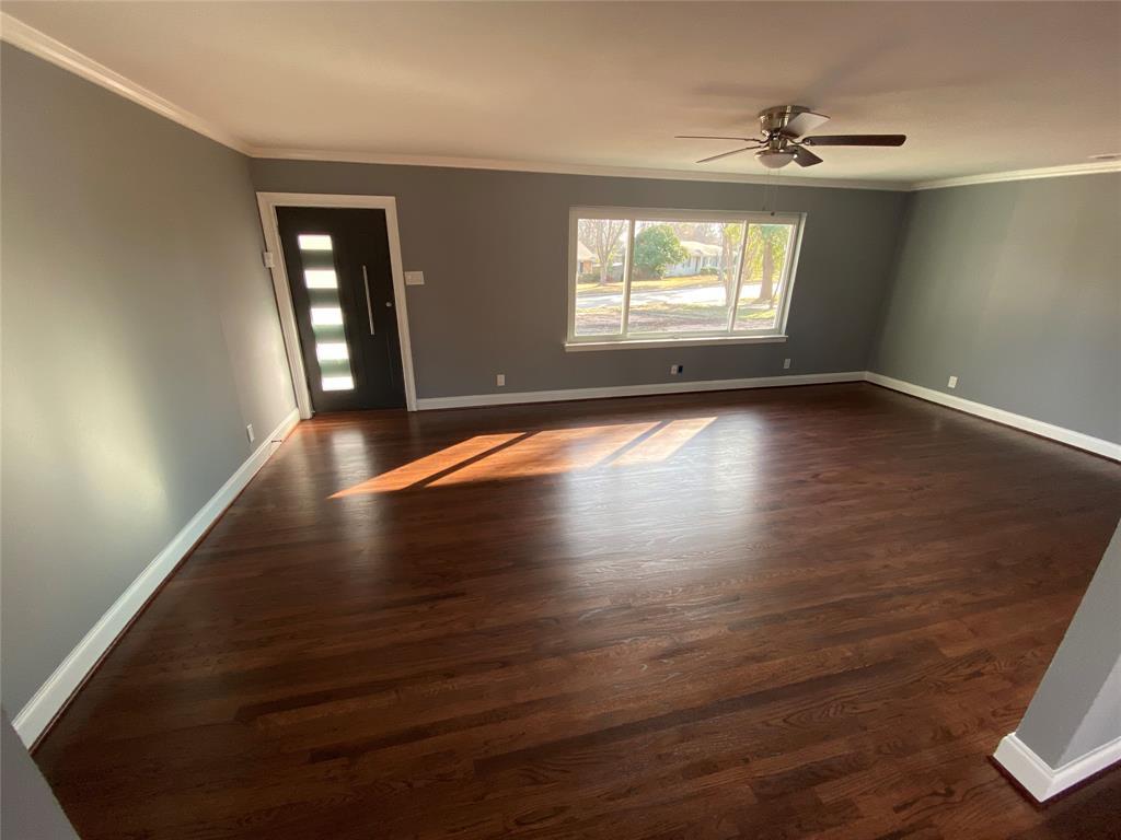 1633 Black Hawk Lane, Garland, Texas 75043 - acquisto real estate best highland park realtor amy gasperini fast real estate service