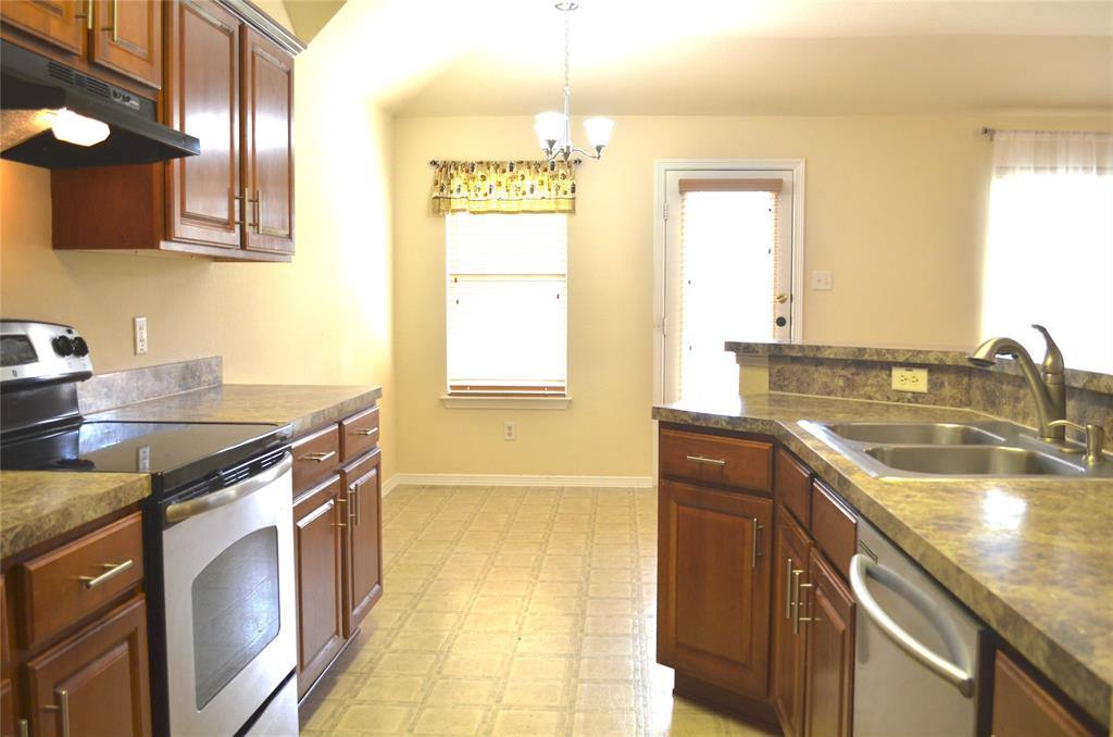 4500 Ashbury  Lane, Mansfield, Texas 76063 - acquisto real estate best luxury buyers agent in texas shana acquisto inheritance realtor