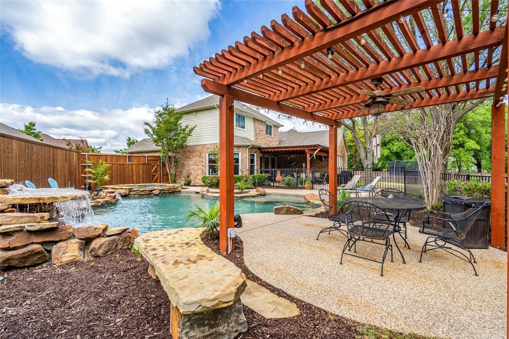 2000 Ledgestone  Drive, Corinth, Texas 76210 - Acquisto Real Estate best plano realtor mike Shepherd home owners association expert