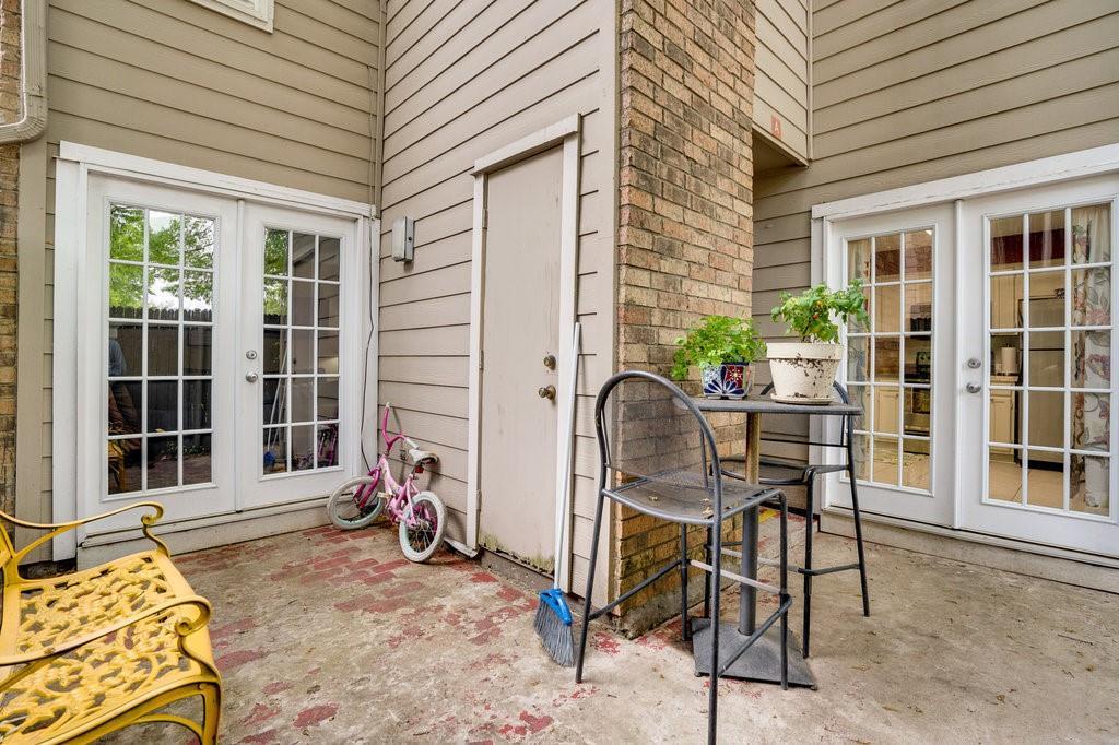 2325 Torrington  Drive, Arlington, Texas 76012 - acquisto real estate best new home sales realtor linda miller executor real estate