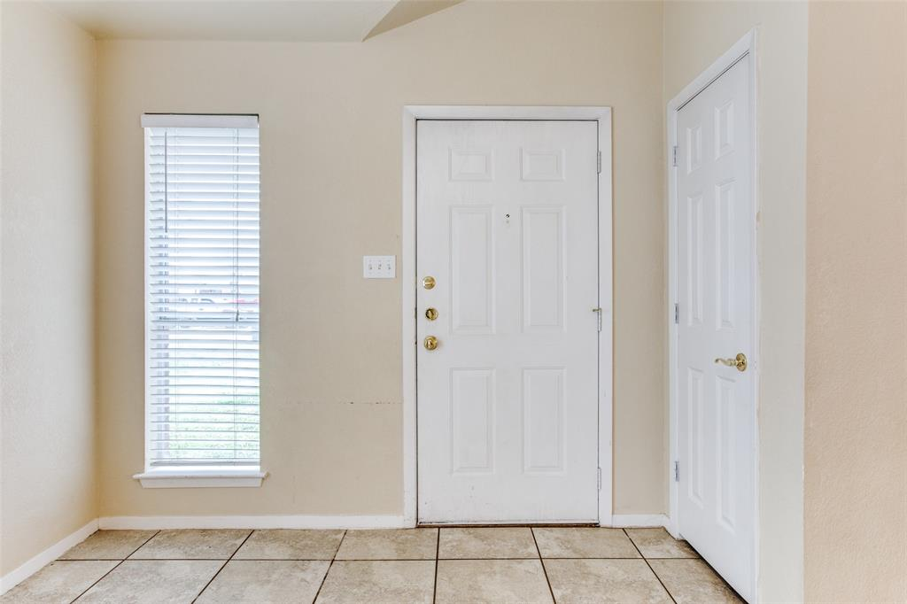 10632 Shadywood  Drive, Fort Worth, Texas 76140 - acquisto real estate best the colony realtor linda miller the bridges real estate