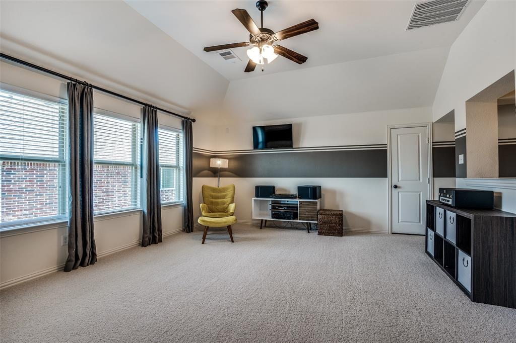 5404 Grove Cove  Drive, McKinney, Texas 75071 - acquisto real estaet best boutique real estate firm in texas for high net worth sellers