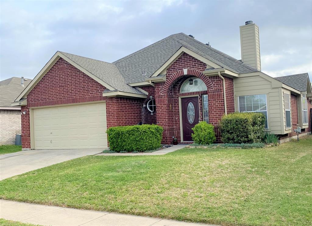660 Crystal Brook  Drive, Saginaw, Texas 76179 - Acquisto Real Estate best plano realtor mike Shepherd home owners association expert