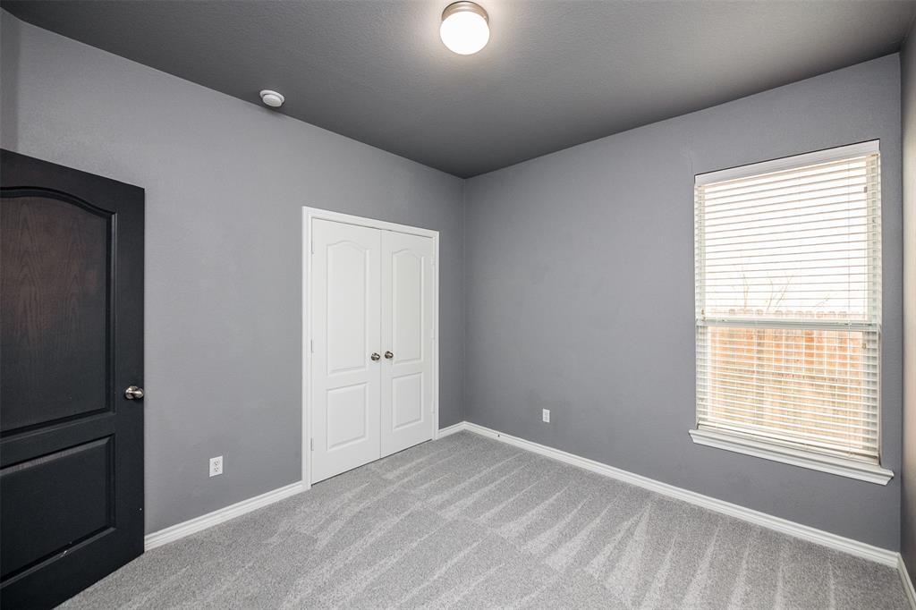 1482 Park Crest Drive, Crowley, Texas 76036 - acquisto real estate best negotiating realtor linda miller declutter realtor