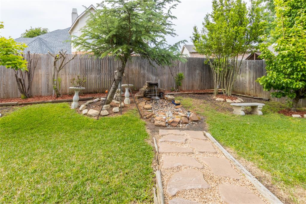 2620 Waterfront  Drive, Grand Prairie, Texas 75054 - acquisto real estate agent of the year mike shepherd