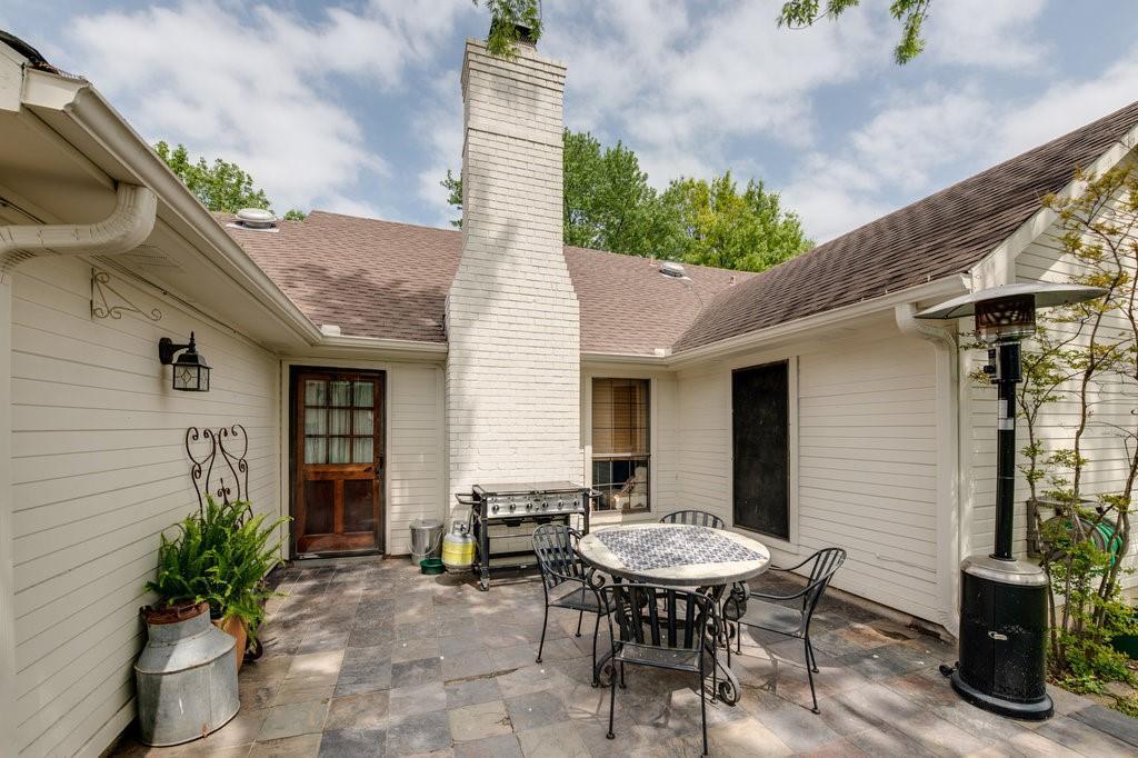 202 Buffalo Creek  Drive, Waxahachie, Texas 75165 - acquisto real estate best realtor dfw jody daley liberty high school realtor