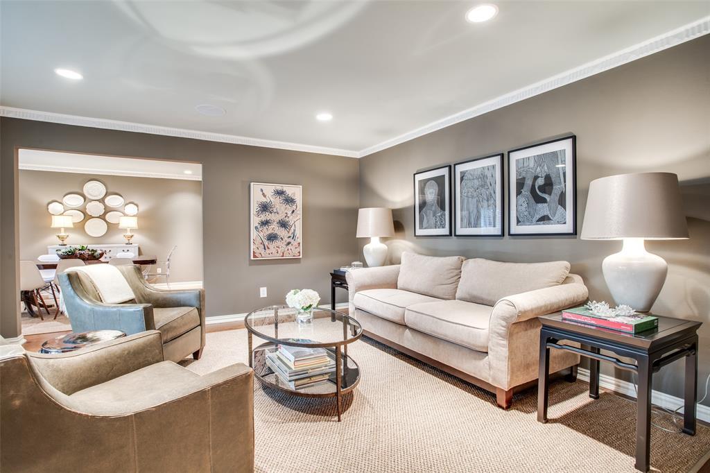 10748 Saint Lazare Drive, Dallas, Texas 75229 - acquisto real estate best highland park realtor amy gasperini fast real estate service