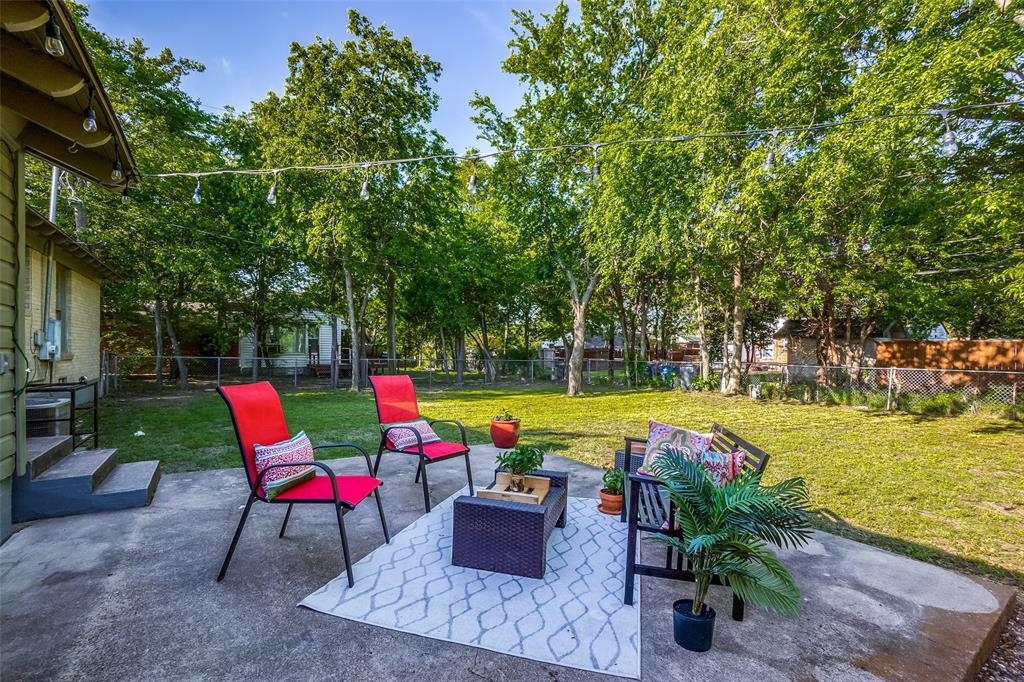 10711 Stallcup  Drive, Dallas, Texas 75228 - acquisto real estate best realtor foreclosure real estate mike shepeherd walnut grove realtor