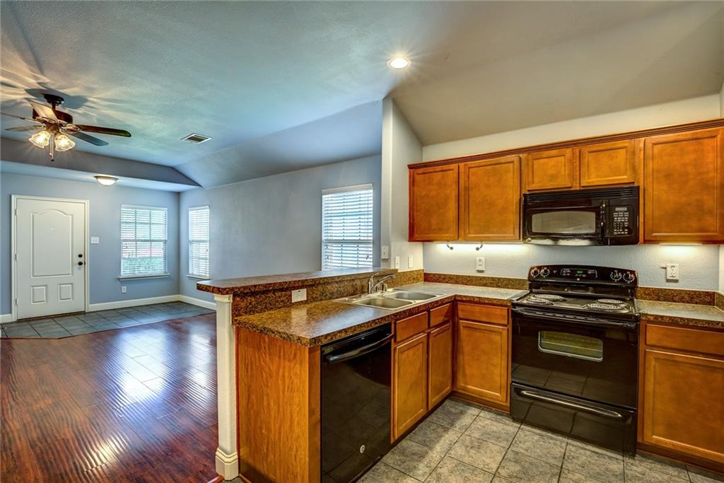 1300 Silver Maple Lane, Royse City, Texas 75189 - acquisto real estate best real estate company to work for