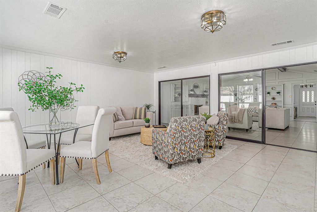 1300 Chesterton  Drive, Richardson, Texas 75080 - acquisto real estate best highland park realtor amy gasperini fast real estate service