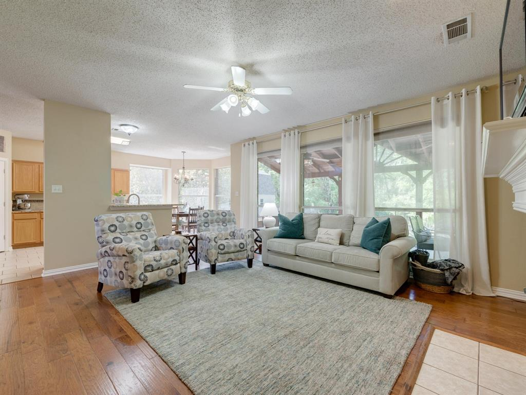 311 Cottonwood  Trail, Shady Shores, Texas 76208 - acquisto real estate best real estate company to work for