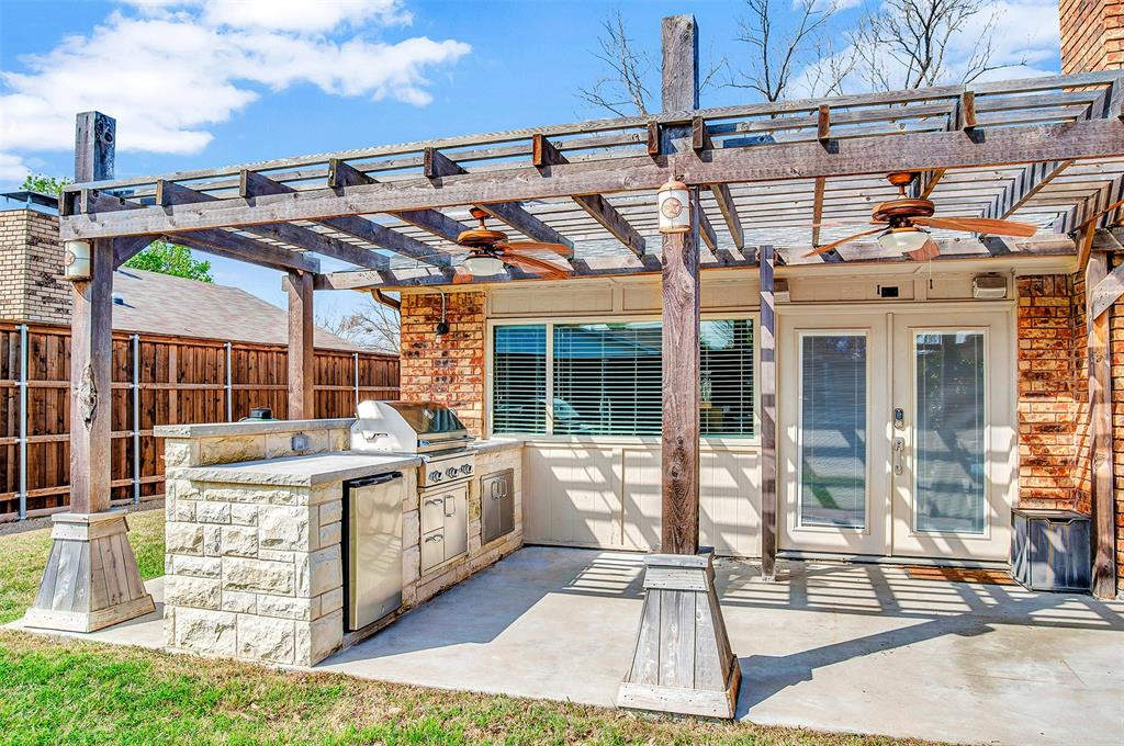 2108 Newcombe Drive, Plano, Texas 75093 - acquisto real estate best realtor dfw jody daley liberty high school realtor