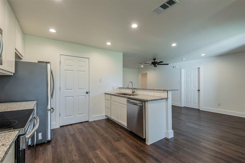 806 Dr Martin Luther King Jr Boulevard, Waxahachie, Texas 75165 - acquisto real estate best celina realtor logan lawrence best dressed realtor