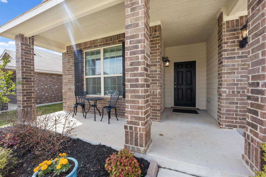 6253 Topsail  Drive, Fort Worth, Texas 76179 - acquisto real estate best looking realtor in america shana acquisto