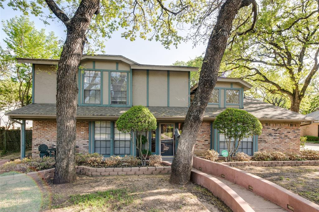 2108 Riverforest  Drive, Arlington, Texas 76017 - Acquisto Real Estate best plano realtor mike Shepherd home owners association expert