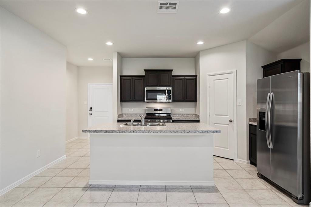 9324 HERRINGBONE  Drive, Fort Worth, Texas 76131 - acquisto real estate best allen realtor kim miller hunters creek expert
