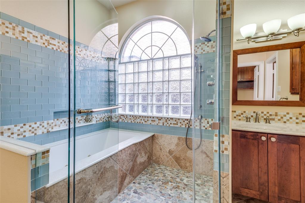 2109 Mossy Oak Drive, Irving, Texas 75063 - acquisto real estate best photos for luxury listings amy gasperini quick sale real estate