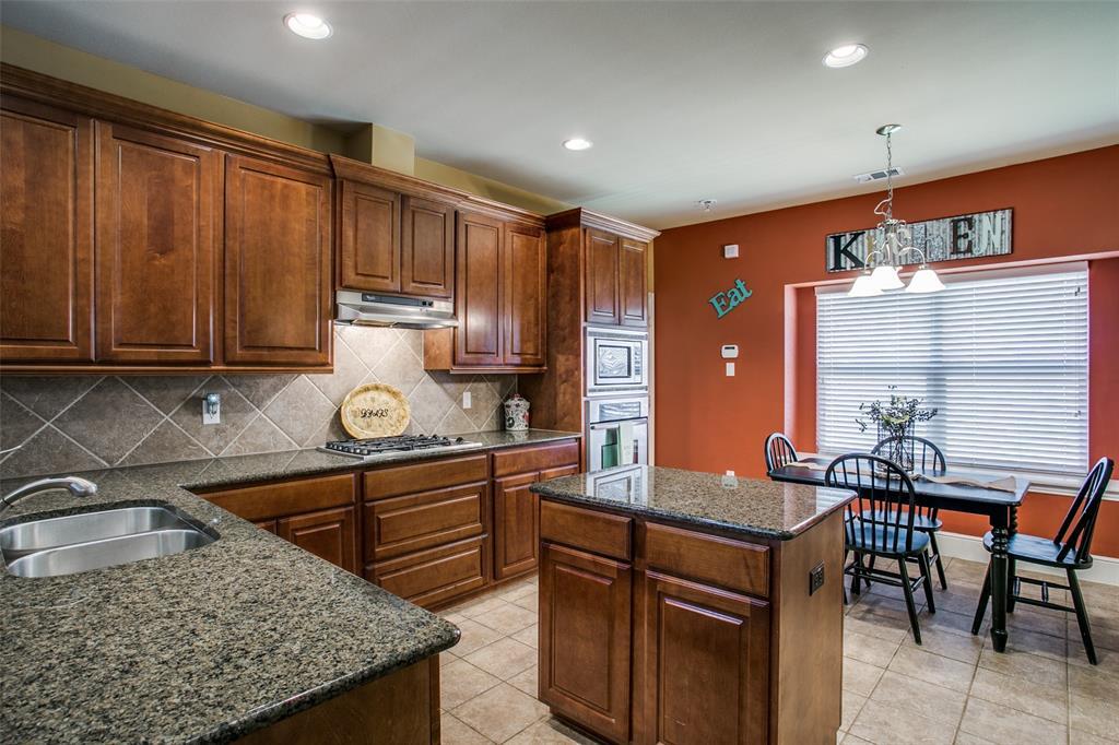 2170 Hunt Club Trail, Frisco, Texas 75033 - acquisto real estate best highland park realtor amy gasperini fast real estate service