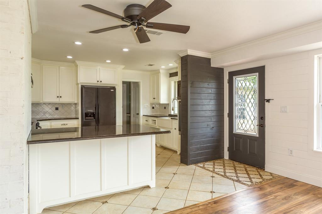 138 Silver  Street, Bowie, Texas 76230 - acquisto real estate best real estate company to work for