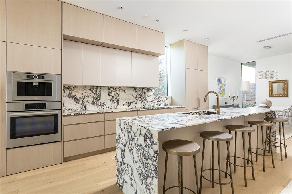 5109 Manett Street, Dallas, Texas 75206 - Acquisto Real Estate best frisco realtor Amy Gasperini 1031 exchange expert