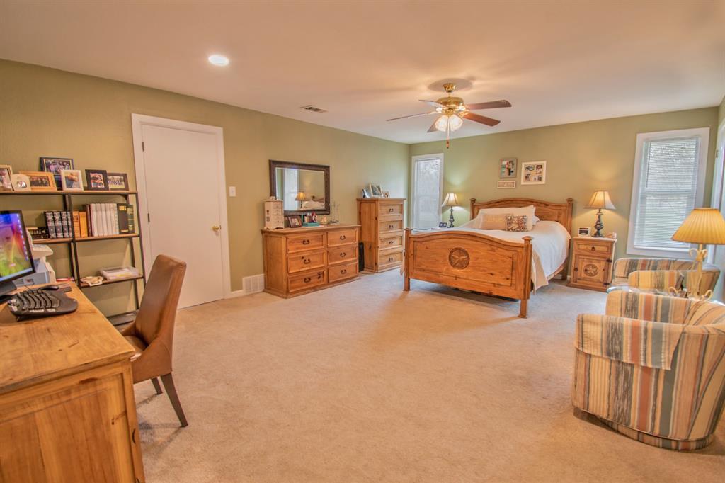 104 Oak Lane, Burleson, Texas 76028 - acquisto real estate best style realtor kim miller best real estate reviews dfw