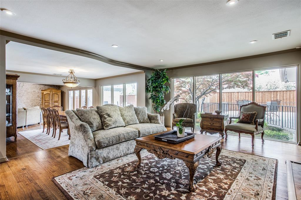 11256 Russwood Circle, Dallas, Texas 75229 - acquisto real estate best prosper realtor susan cancemi windfarms realtor
