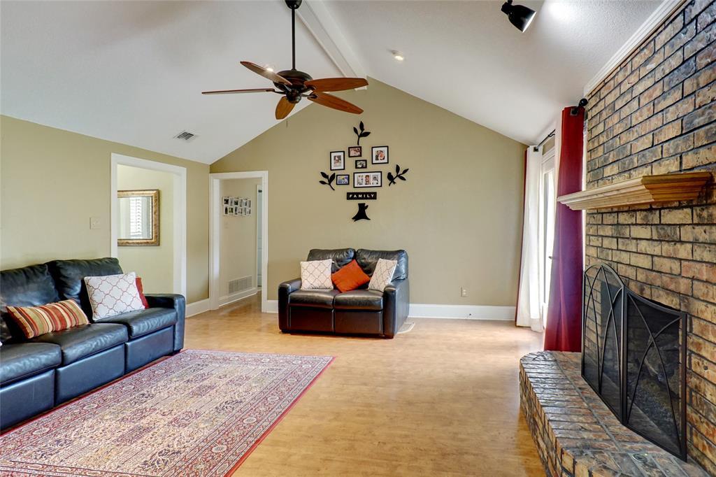 131 Meadow Run  Circle, Coppell, Texas 75019 - acquisto real estate best prosper realtor susan cancemi windfarms realtor