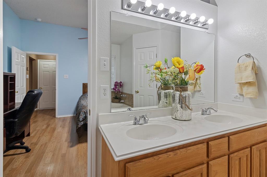 101 Saint James  Court, Rhome, Texas 76078 - acquisto real estate best designer and realtor hannah ewing kind realtor