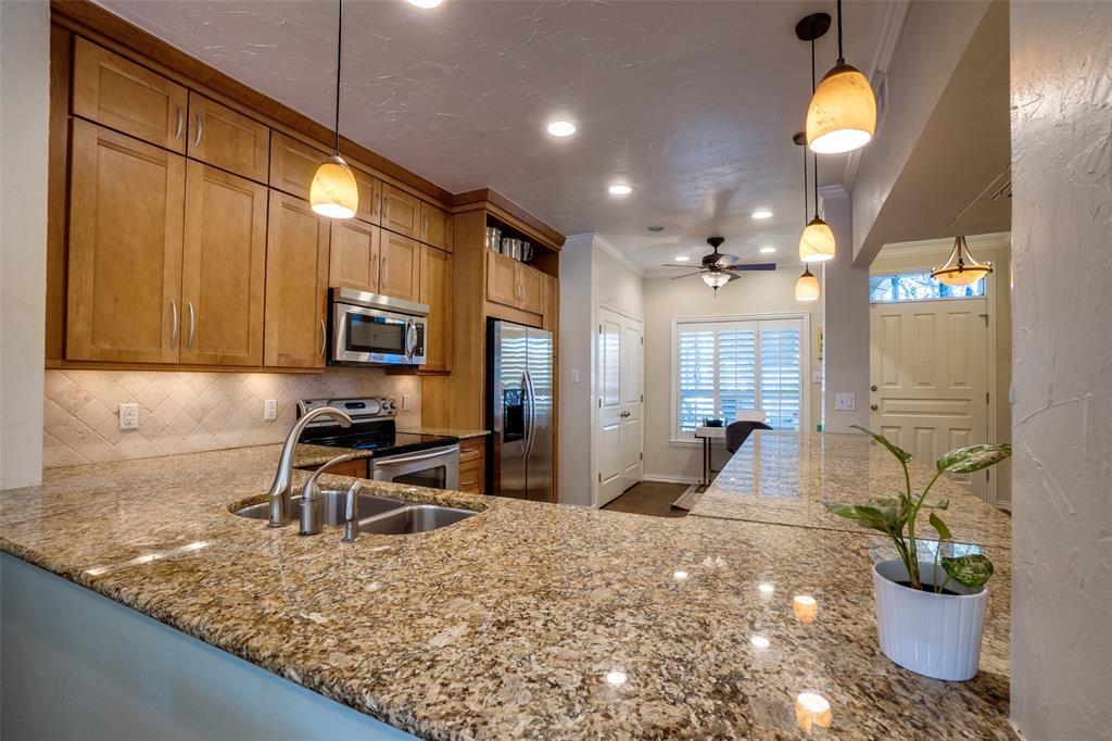 7430 Northwest Highway, Dallas, Texas 75225 - acquisto real estate best prosper realtor susan cancemi windfarms realtor