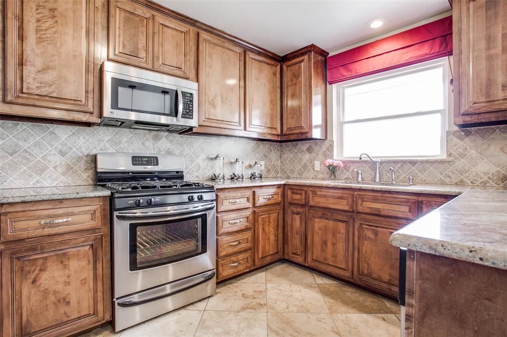 10005 Lakedale Drive, Dallas, Texas 75218 - acquisto real estate best listing listing agent in texas shana acquisto rich person realtor