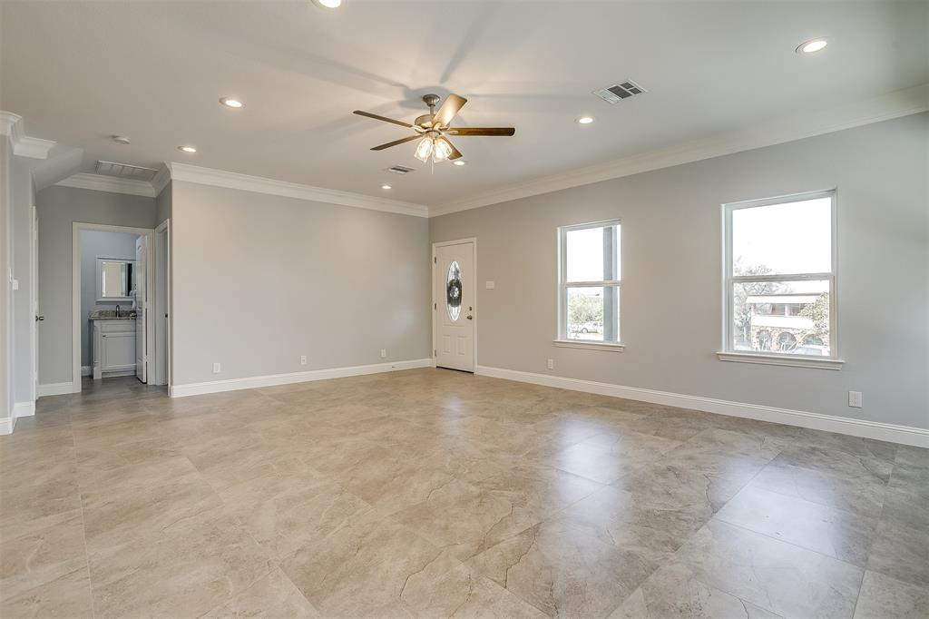 719 Rock Harbor Court, Granbury, Texas 76048 - acquisto real estate best designer and realtor hannah ewing kind realtor