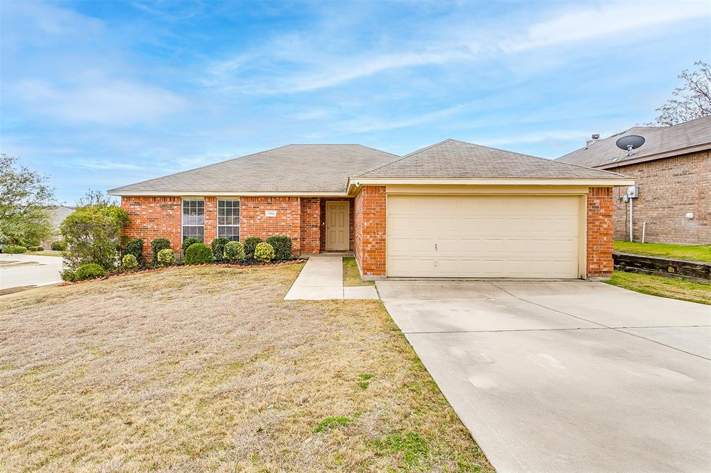 9301 Marie  Court, White Settlement, Texas 76108 - Acquisto Real Estate best plano realtor mike Shepherd home owners association expert