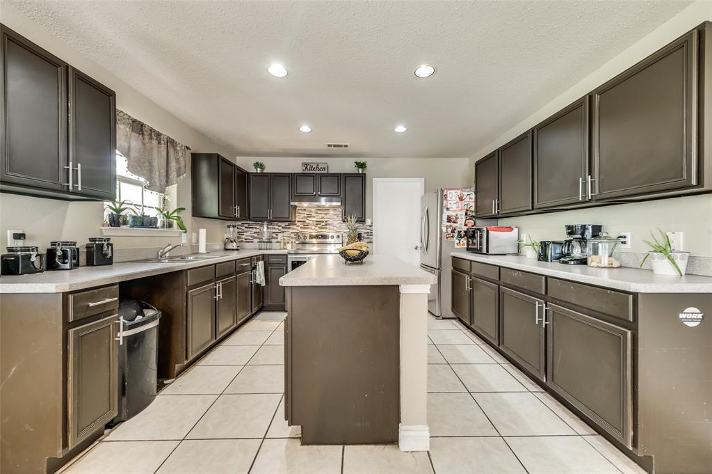 3509 Pampas Creek  Drive, Dallas, Texas 75227 - acquisto real estate best listing agent in the nation shana acquisto estate realtor