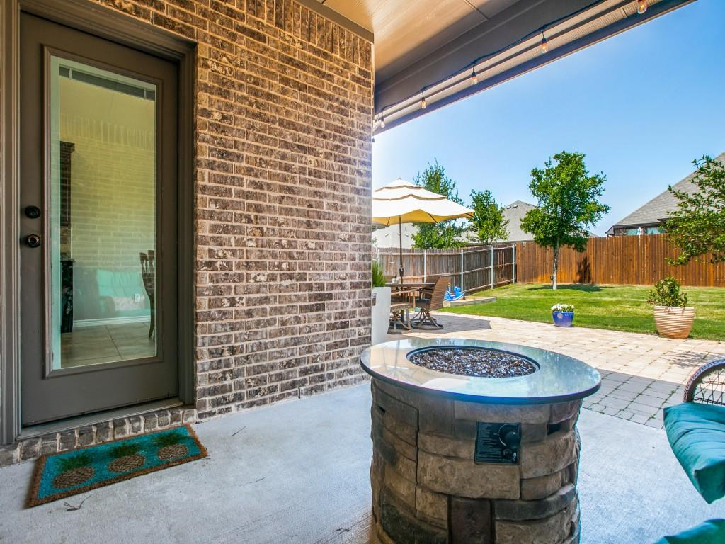 341 Strait  Lane, Waxahachie, Texas 75165 - acquisto real estate best realtor foreclosure real estate mike shepeherd walnut grove realtor