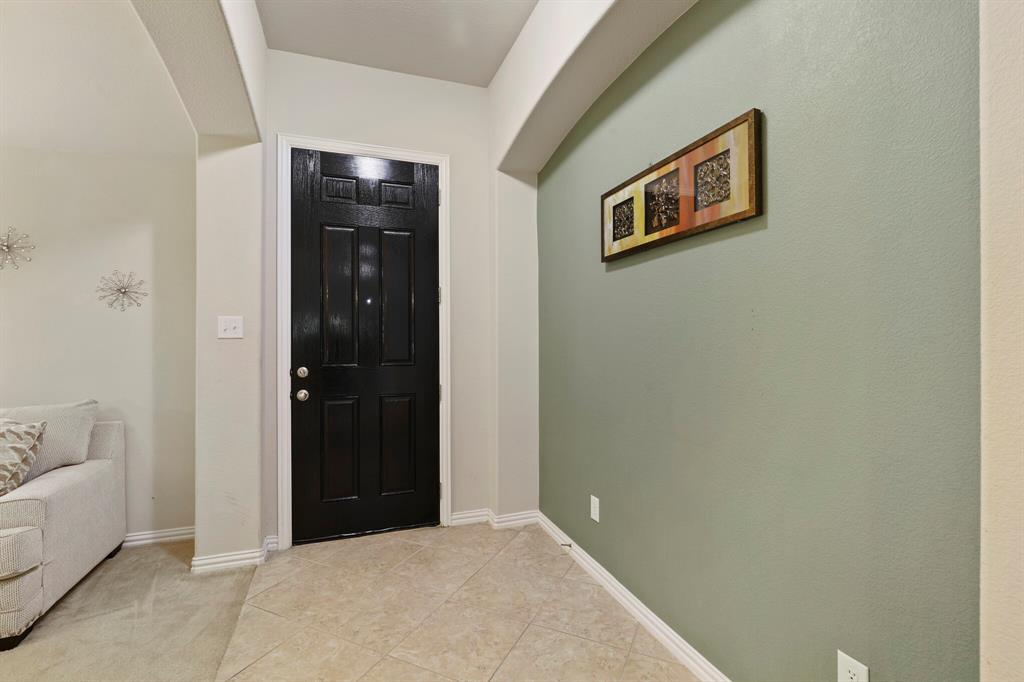 2928 Golfview  Drive, McKinney, Texas 75069 - acquisto real estate best celina realtor logan lawrence best dressed realtor