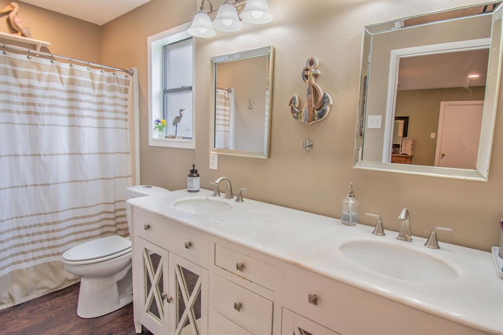 104 Oak Lane, Burleson, Texas 76028 - acquisto real estate best photos for luxury listings amy gasperini quick sale real estate