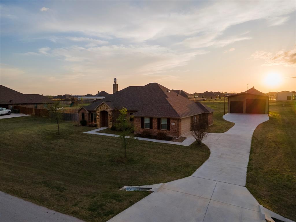 121 High Vista Road, Decatur, Texas 76234 - acquisto real estate best allen realtor kim miller hunters creek expert