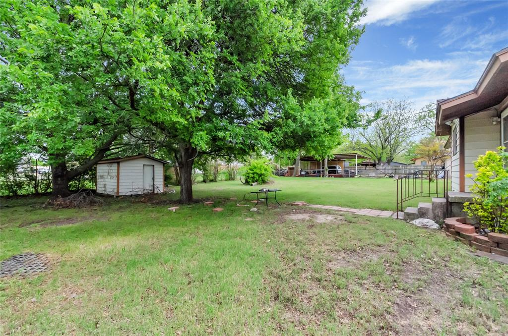1100 Church  Street, Decatur, Texas 76234 - acquisto real estaet best boutique real estate firm in texas for high net worth sellers