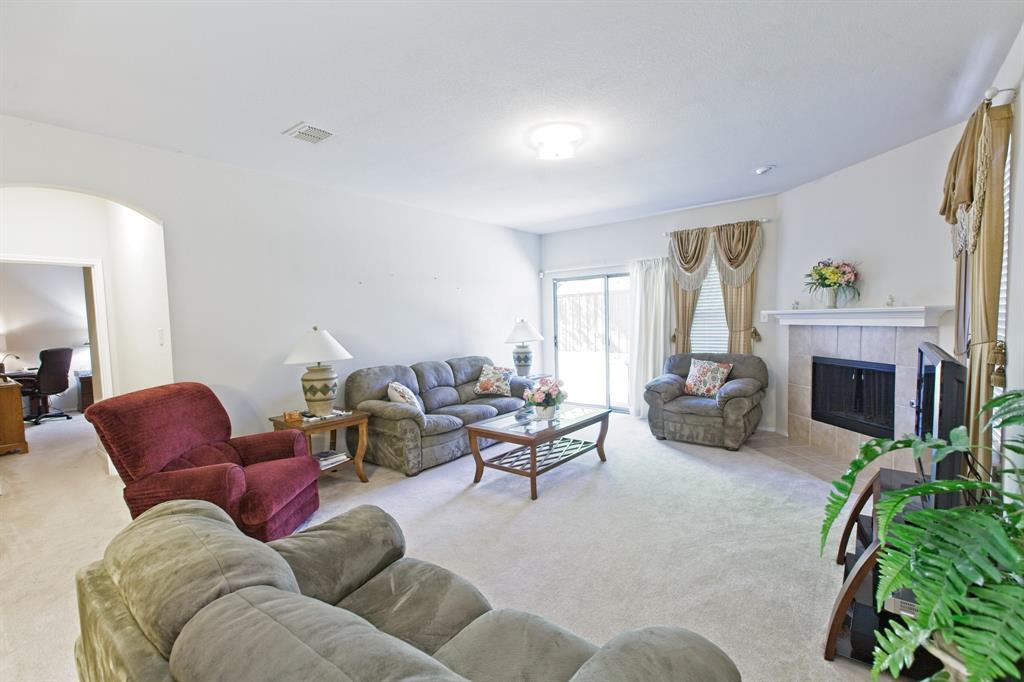 5828 Rubblestone Drive, McKinney, Texas 75070 - acquisto real estate best photos for luxury listings amy gasperini quick sale real estate