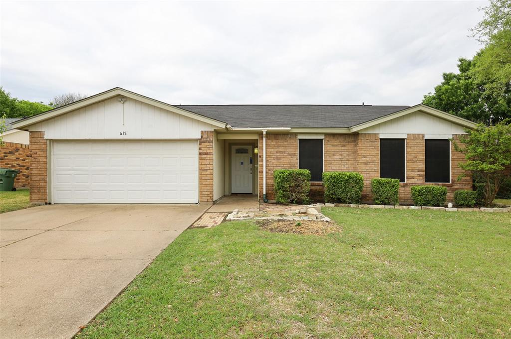 618 Waxahachie  Street, Mansfield, Texas 76063 - Acquisto Real Estate best plano realtor mike Shepherd home owners association expert