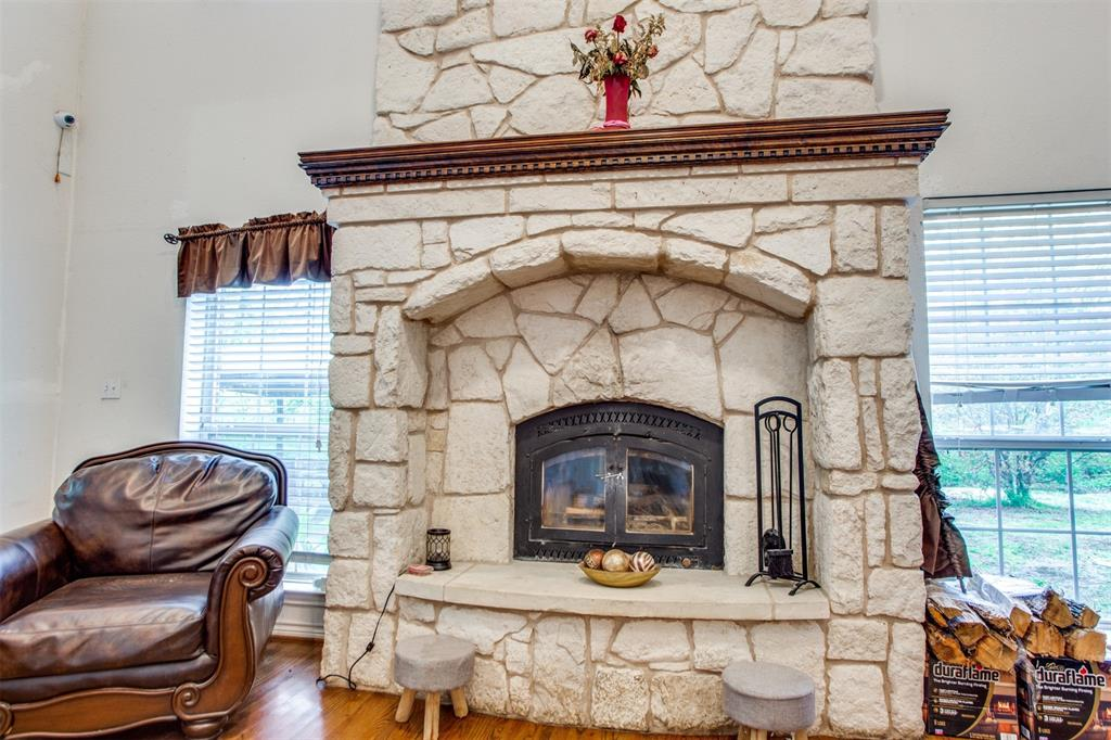 74 Meadow Hill  Lane, Sherman, Texas 75090 - acquisto real estate best real estate company to work for