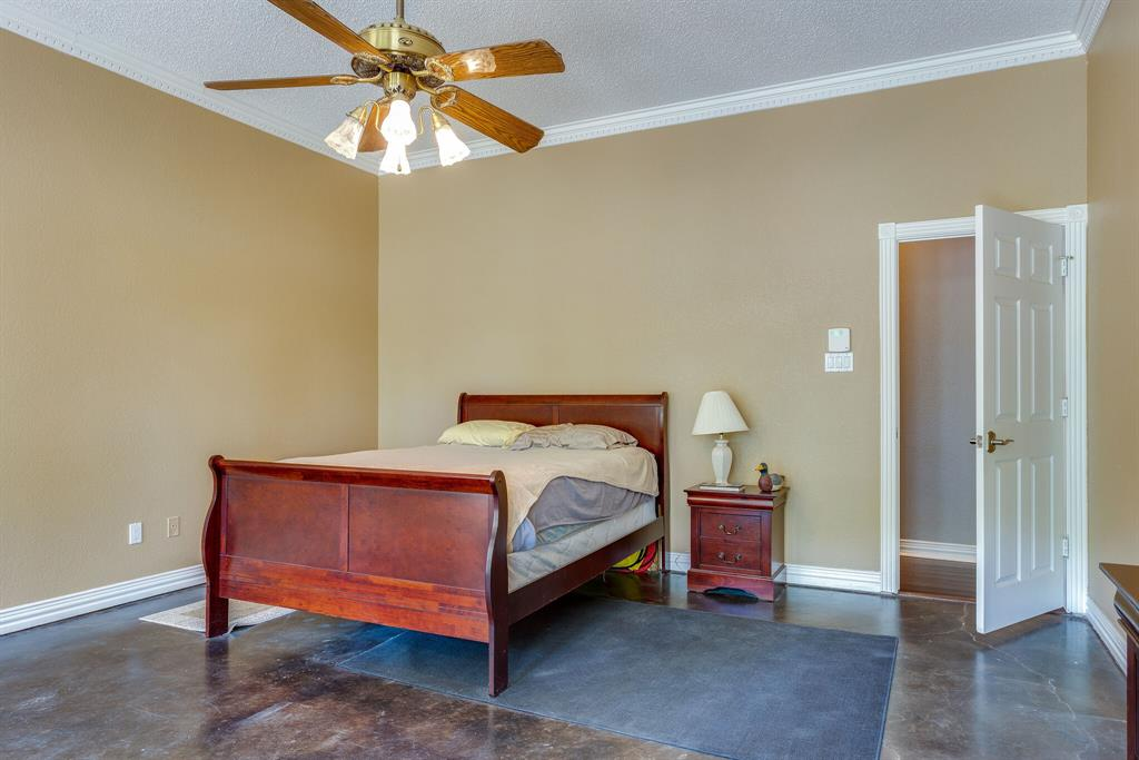 114 Wooded Acre  Loop, Whitney, Texas 76692 - acquisto real estate best realtor dallas texas linda miller agent for cultural buyers