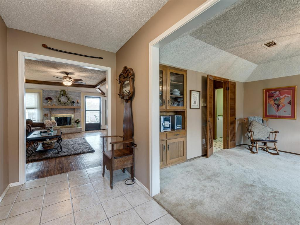 425 Mountainview Drive, Hurst, Texas 76054 - acquisto real estate best celina realtor logan lawrence best dressed realtor