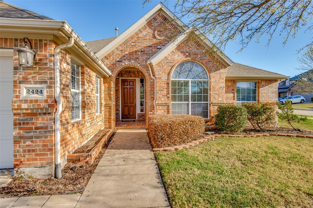 2424 Forest Gate Drive, Little Elm, Texas 75068 - acquisto real estate best allen realtor kim miller hunters creek expert