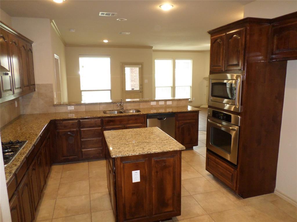 16 Spring Garden  Drive, Edgecliff Village, Texas 76134 - acquisto real estate best prosper realtor susan cancemi windfarms realtor